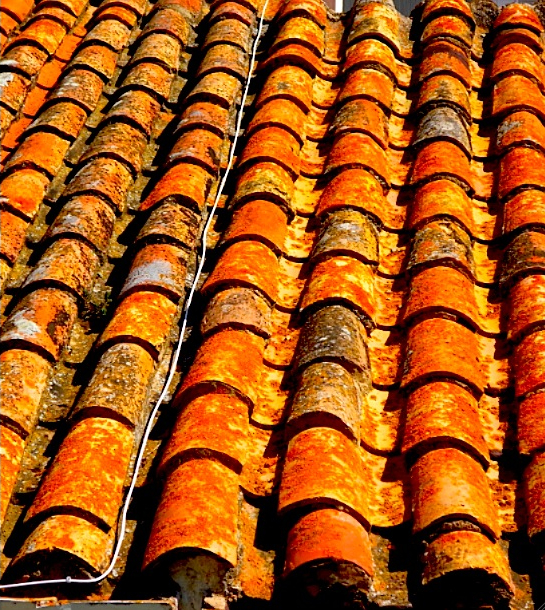 tile roof in Spain 3